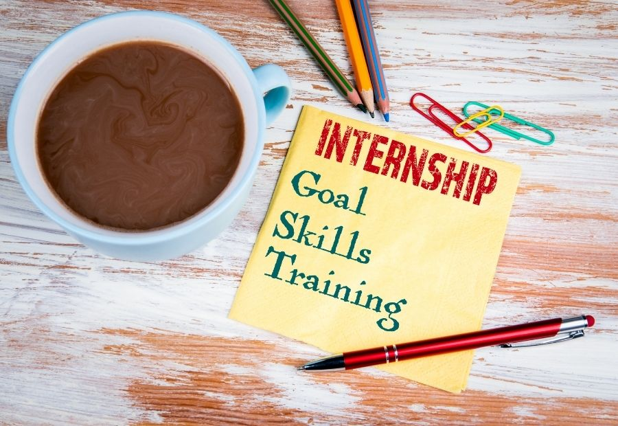Internship Opportunity with G-10 Law by Neeti Shastra